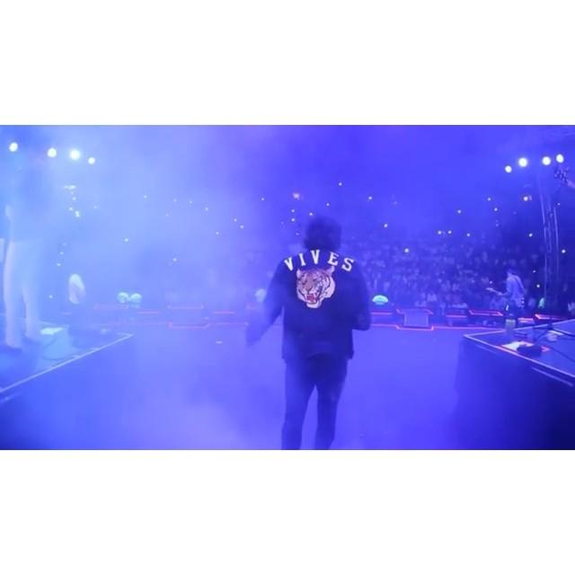 Gracias por la oportunidad de trabajar en el Team Vives att. Luis Carmona #Repost @carlosvives・・・Gracias por una noche inolvidable siempre quiero regresar a cantar acá. Video completo en Facebook #vivesendominicana #LaProvincia #teamvives #altosdechavon film/edit: @luiscarmona @puertoricounder @letusdotheworkforyou
