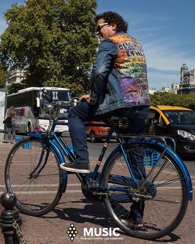 La bicicleta de Carlos. @carlosvives photo: Luis Carmona @puertoricounder @letusdotheworkforyou @luiscarmona